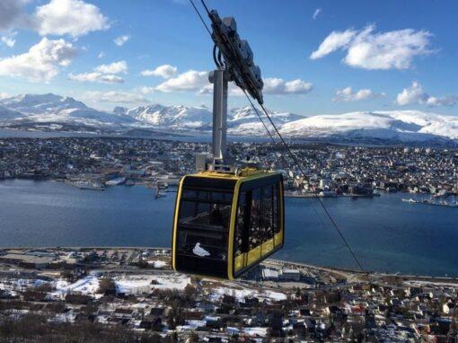 Norjan vuono- ja vuoristomaisemia